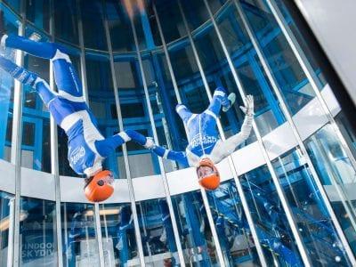 Sky high beats om op te indoor skydiven