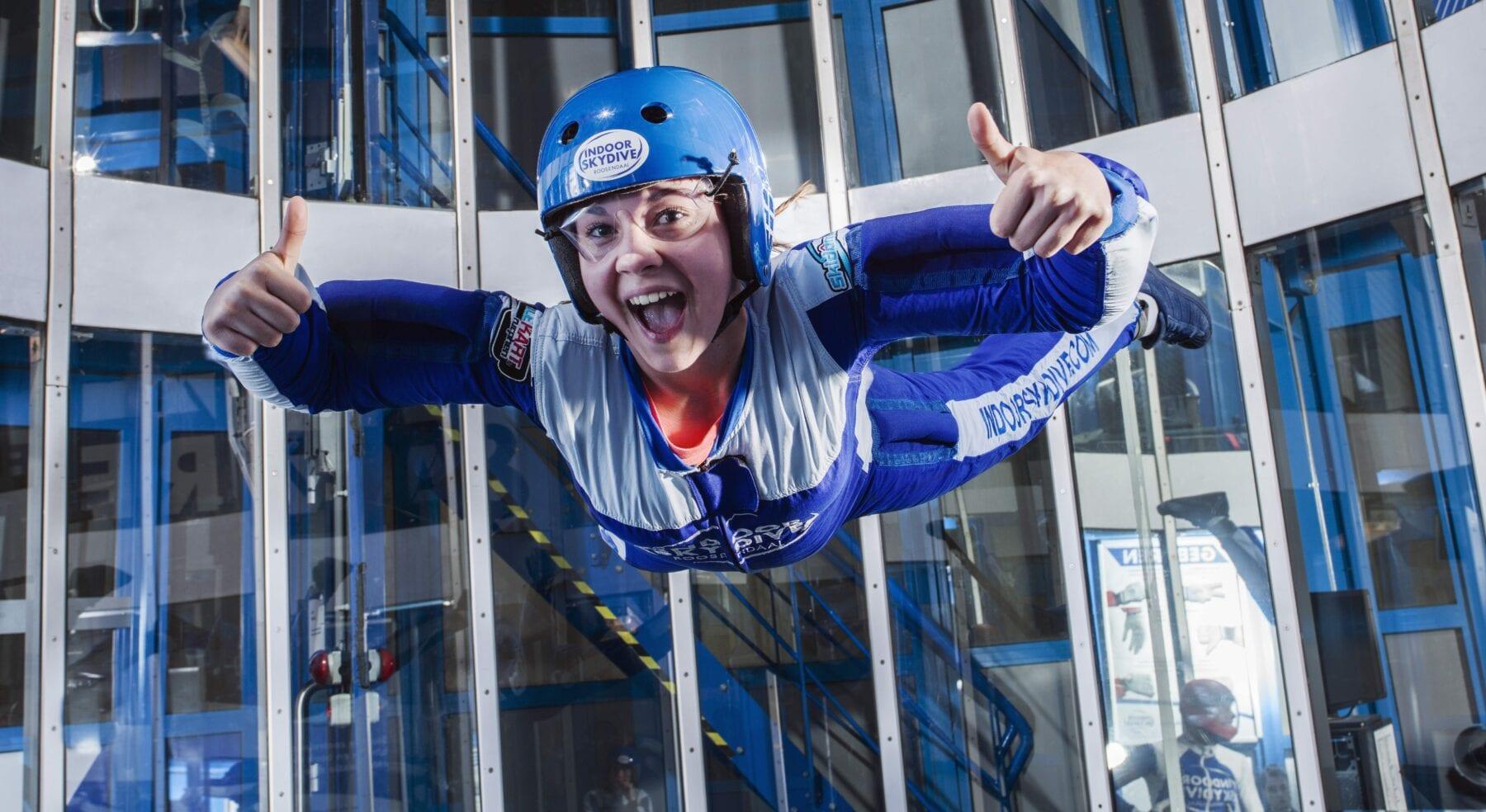 Indoor skydive prijzen bekijken? • Indoor Skydive Roosendaal
