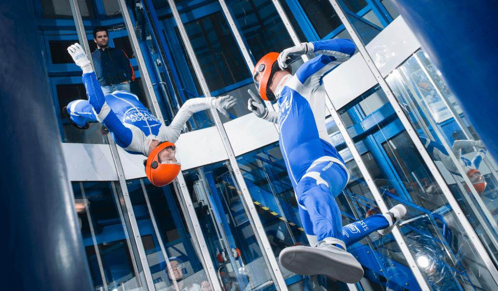 Indoor skydive wedstrijd
